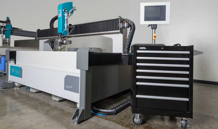 Flow's Mach 2c waterjet has a convenient roll-around control.